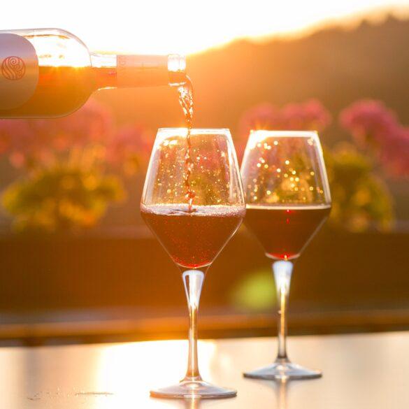 come superare l'imbarazzo dell'assaggio del vino al ristorante