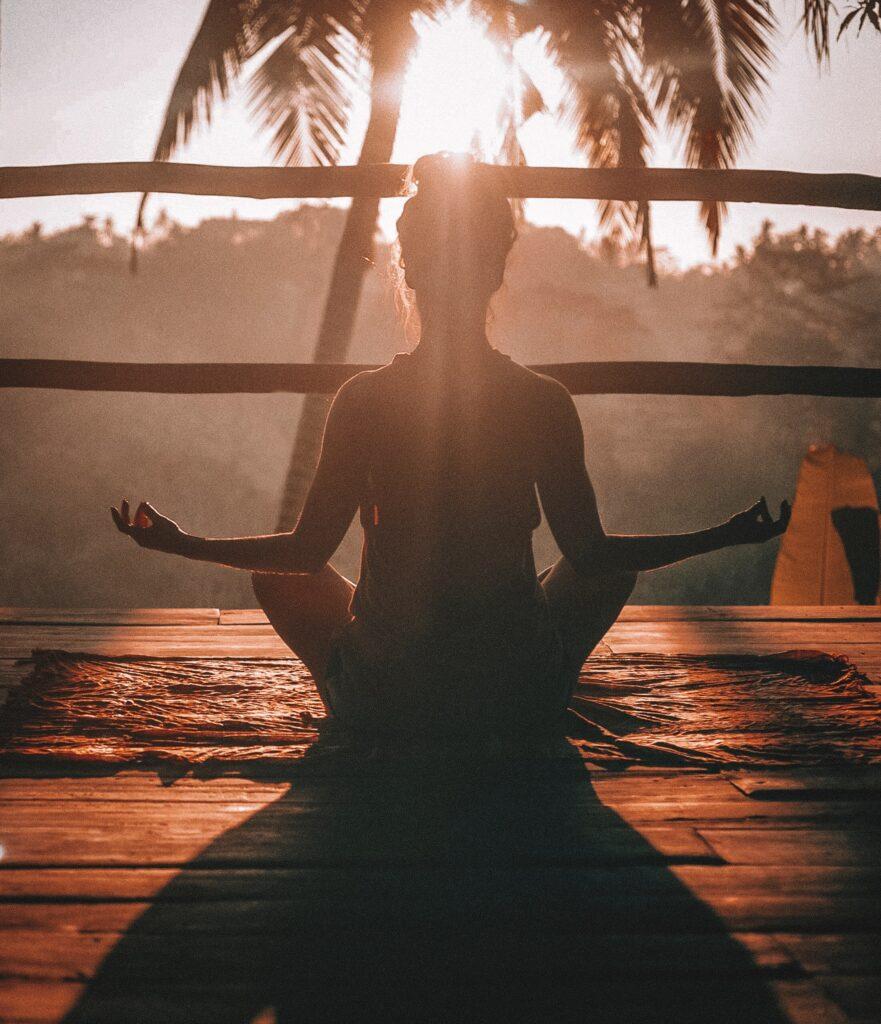 Yoga per ripartire con energia