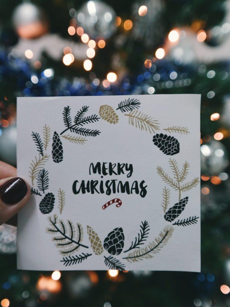 Biglietti fai da te per un Natale sostenibile