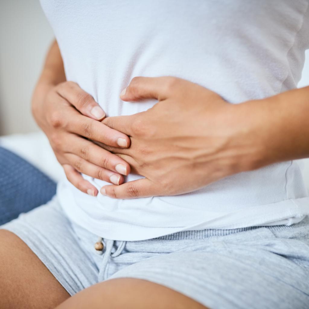 Come combattere i dolori mestruali con l'osteopatia